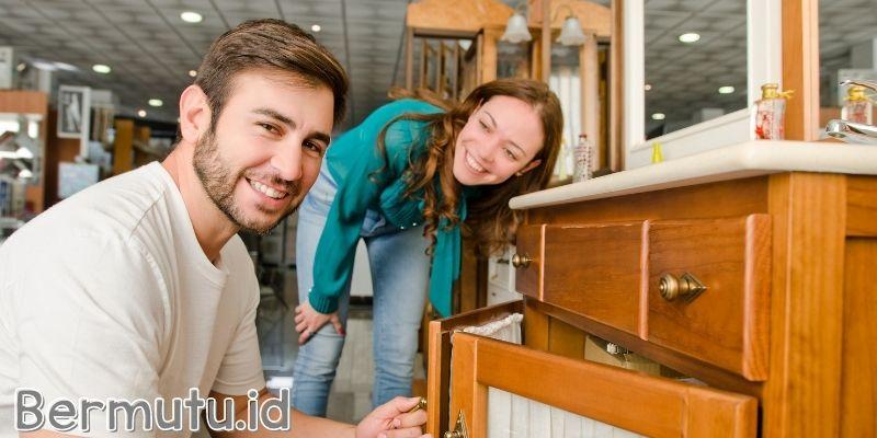 Memilih Furniture yang Warnanya Tidak Cocok Dengan Interior