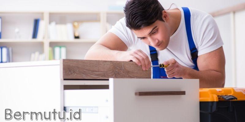 Menggunakan Furniture Yang Perawatannya Ribet