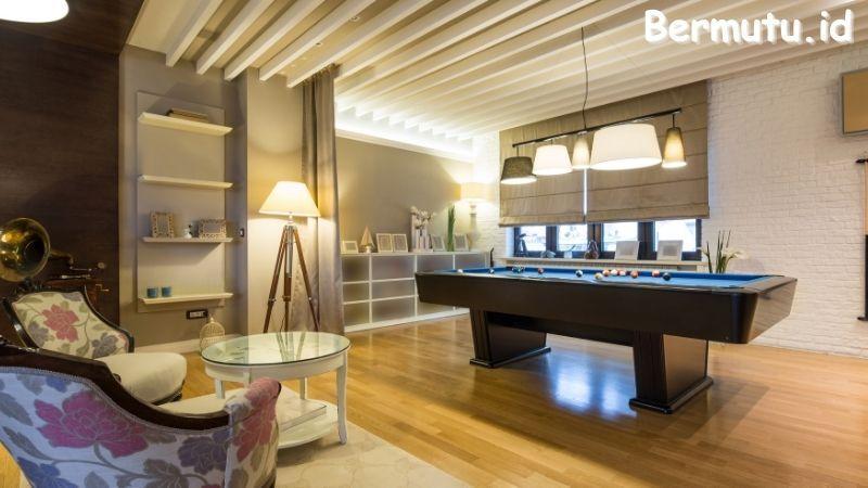 Tips Mendekorasi Ruang Billiard - menggunakan lantai kayu