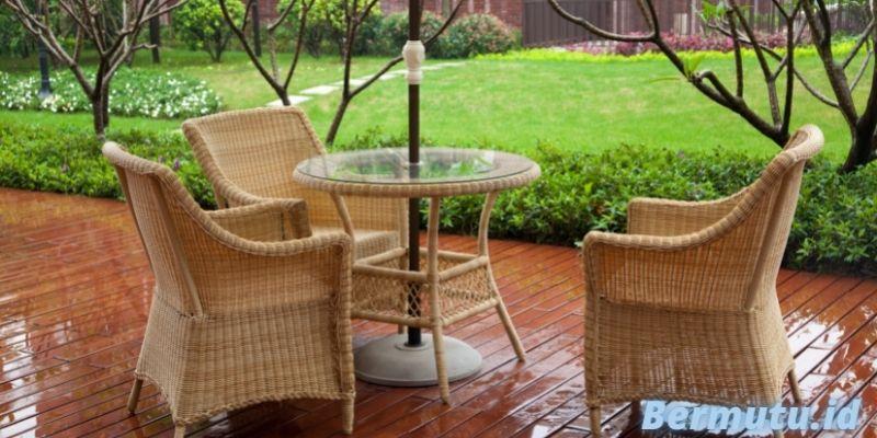 Jenis Furniture Terbaik Untuk Rumah Modern Minimalis - kursi outdoor