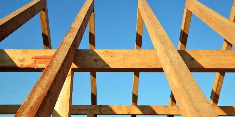 rangka atap kayu ulin