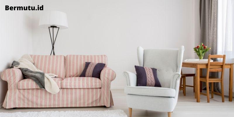 Menggunakan Furniture yang Berdesain Simple