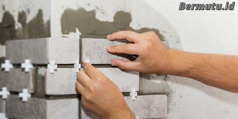 Perbaiki Setiap Keretakan yang Ada Pada Dinding Rumah