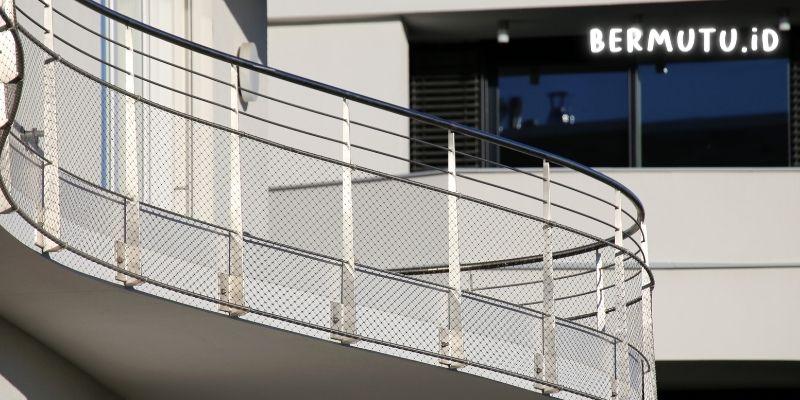 Desain Pagar Balkon Kabel Stainless