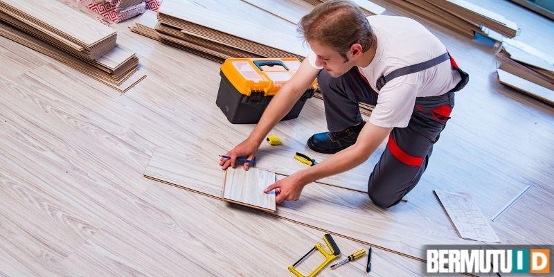 cara memasang lantai laminated - menambahkan list