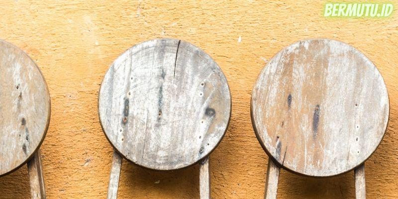 7 Desain Dinding Kayu Terpopuler - dinding kayu bulat